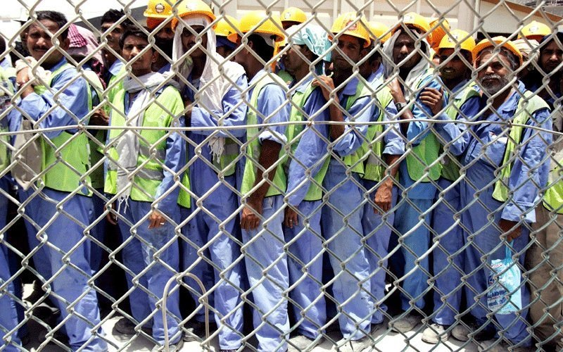 construction workers in dubai
